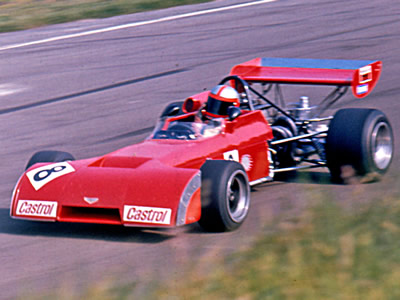 John Watson in the brand new works F2 Chevron B20 during practice at Oulton Park on 15 September 1972. Copyright Alan Cox  2016. Used with permission.