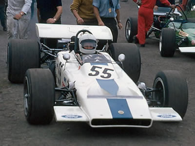 Dave Walker in the rebuilt 70/02 at Oulton Park in September 1970. Copyright Alan Cox  2006. Used with permission.