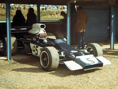 Jock Russell's Lotus 70 at Mallory Park in 1972. Copyright Stuart Dent  2006. Used with permission.