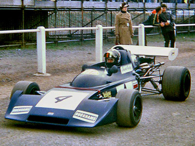 David Purley in his Falconer-bodied March 722 at Mallory Park in 1973. Copyright Stuart Dent 2006. Used with permission.