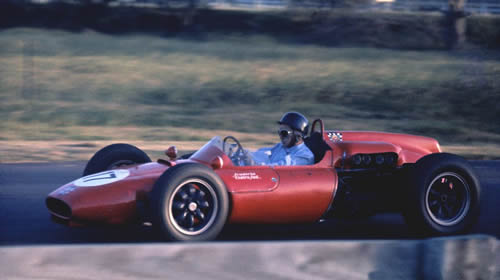 Lorenzo Bandini in the Centro Sud Cooper T53 Maserati at Warwick Farm in Feb 1962. Copyright John Ellacott 2009. Used with permission.