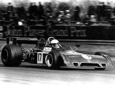 Tony Dean in B24-73-07 at the 1975 International Trophy at Silverstone.  Note the roll-hoop braces go forwards on this car - compare with the rearwards ones on the earlier cars shown above. Copyright Ted Walker (Ferret Fotographics)  2001. Used with permission.
