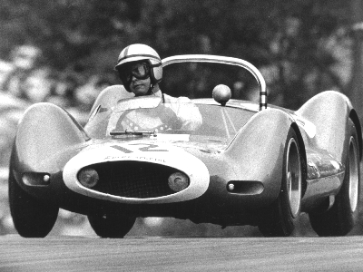 Roger Penske in the Mecom-owned Zerex Special at Brands Hatch in August 1963. Copyright Ted Walker (Ferret Fotographics) 2005. Used with permission.