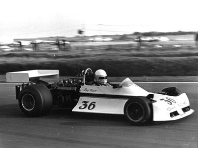 Boy Hayje in the converted ex-F1 ex-Hesketh Ford GA-powered March 721G at Snetterton in 1975.  Copyright Ted Walker 2001.  Used with permission.