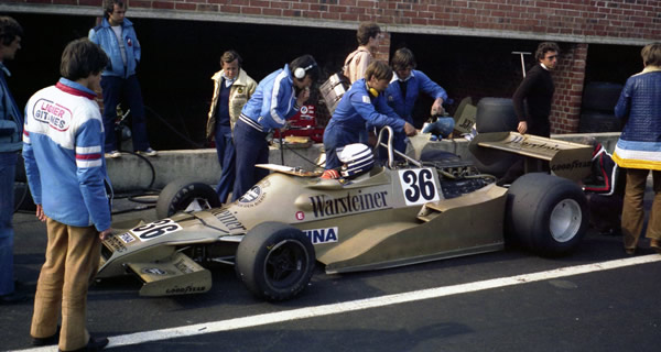 Riccardo Patrese in the pits at the 1978 Belgian GP in the Arrows FA1. Copyright Luc Ghys 2017. Used with permission.