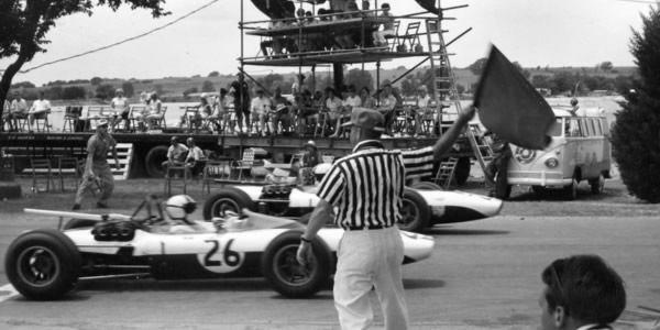 The start of the Formula B race at Ponca City in 1967.  Copyright Don Gwynne 2006.  Used with permission.