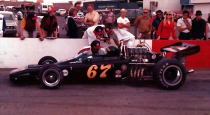Bob West's Lotus 70B in the pits at Riverside in Sep 1972. Copyright Jim Hawes 2013. Used with permission.