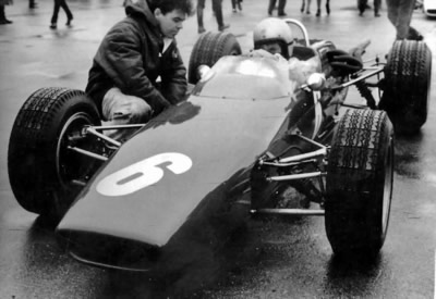Bruce McLaren on the grid for the 1967 Nürburgring Formula 2 race. Copyright Jim Hawes 2014. Used with permission.