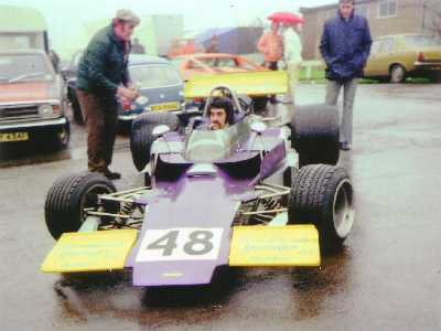Gerry Amato in T330 HU21 at Brands Hatch in 1975.  Copyright Simon Lewis 2004.  Used with permission.