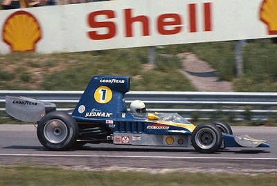 Brian Redman in the Lola T332 at Mosport in June 1975. Copyright Don Markle  2007. Used with permission.