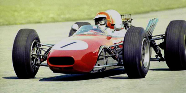 Tommy Reid in Mick Mooney's Crosslé 10F in 1967.  Copyright Michael Mooney 2003.  Used with permission.