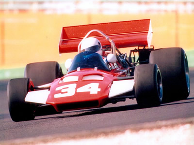 Al Moore's Surtees TS8 in US vintage racing. Copyright Al Moore  2002. Used with permission.