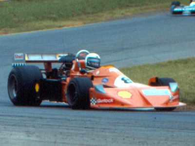 John Cannon's ultimate F5000 March, at Oran Park in February 1978. Copyright Glenn Moulds 2007. Used with permission.