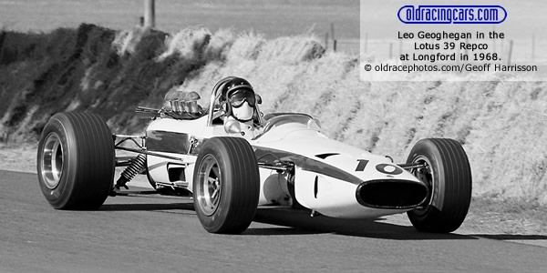 Leo Geoghegan in the Lotus 39 Repco at Longford in 1968. Copyright oldracephotos.com/Geoff Harrisson.  Used with permission.
