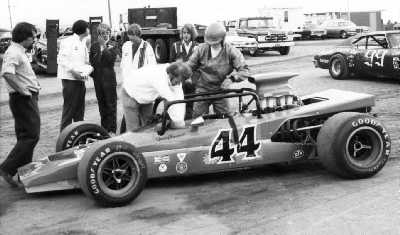 Jerry Hansen gets into the Lola T192 'sprint car' at Minnesota State Fair in 1973. Copyright Bill Peters  2004. Used with permission.