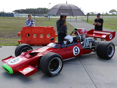 Alfredo Costanzo in the red McLaren M10B 400-02 at Phillip Island in March 2016. Copyright Marcus Pye 2016. Used with permission.