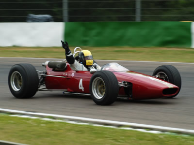 David Coplowe testing McLaren M4A/2 at Mallory Park 2010. Copyright Alan Raine 2014. Used with permission.