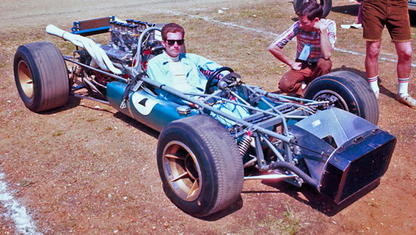 Dr Don Richardson's LeGrand Mk 7 in the paddock at Galveston in 1968. Copyright David Seibert  2006. Used with permission.