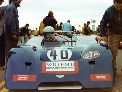 Toine Hezemans in the blue (!) Chevron B19-Abarth at the Trophy Des Dunes at Zandvoort 26 Sep 1971. Copyright Jan Borsboom. Used with permission.