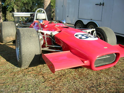 Miles Whitlock's Lola T142. Copyright Phil Creighton  2005. Used with permission.
