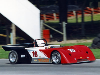 Bob Brown in a Chevron B19 at the Mid-Ohio Vintage Grand Prix in July 1993. Copyright Norbert Vogel 2009. Used with permission.