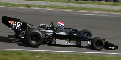 Roger Williams in his Lola T332 in 2007. Copyright Shayne Windelburn 2007. Used with permission.